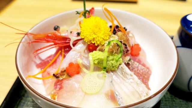 大洗 魚留 本日の海鮮丼2